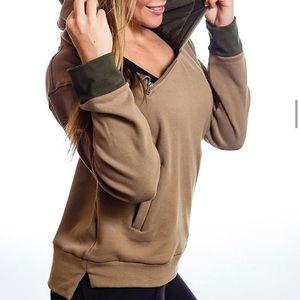P'tula Megan Distinct Hoodie in Army Green